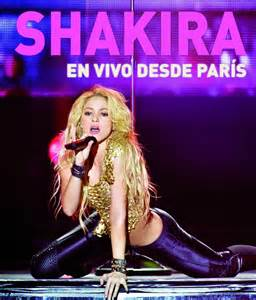Shakira is shaking her arse while dancing
